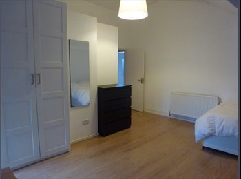 EasyRoommate UK - MASSIVE ROOM IN CAMDEN CONVERTED CHURCH - Camden, London - £940