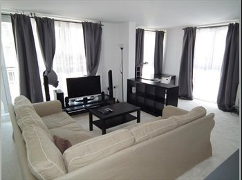 EasyRoommate UK - Central London, one room with private bathroom - Holloway, London - £990