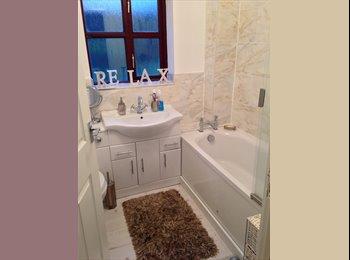 EasyRoommate UK - 3 bed house - Longbridge, Birmingham - £350