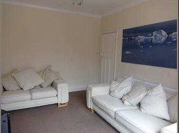EasyRoommate UK - Lovely big double room, fully furnished bills inc - Preston, Preston - £360