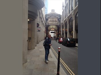 EasyRoommate UK - Patrick - 47 - London
