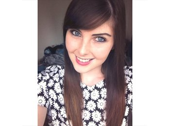 Danielle  - 23 - Professional