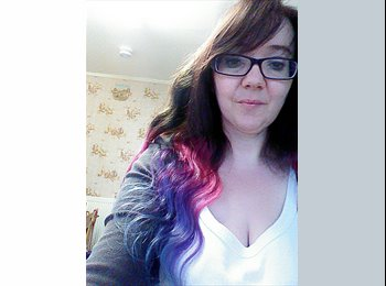 EasyRoommate UK - Louise - 40 - Scunthorpe