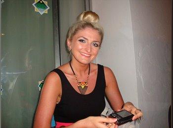 EasyRoommate UK - Cheryl - 23 - Leeds
