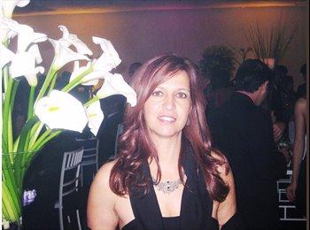 Patricia - 40 - Professional