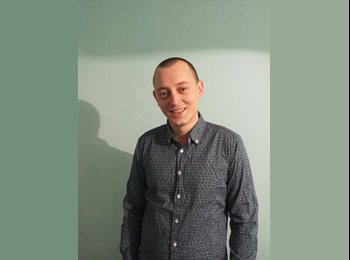 EasyRoommate UK - pavel - 28 - Cardiff