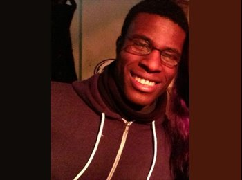 EasyRoommate UK - Ekow - 25 - Reading