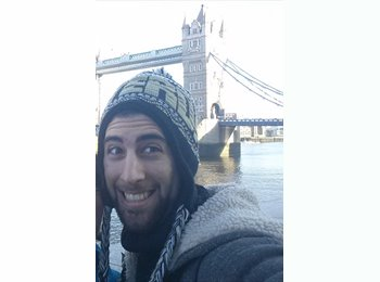 EasyRoommate UK - Alon - 22 - London