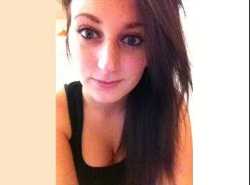 EasyRoommate UK - Katie - 19 - Kirklees