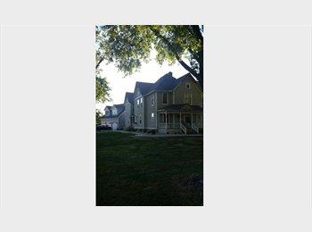 EasyRoommate US - Share beautiful country home - Lansing, Lansing - $500