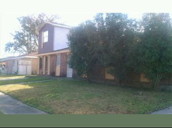 EasyRoommate US - Nice Room For Rent in Marrero in Private Home - Marrero, New Orleans - $450