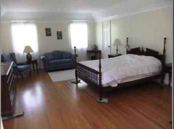 Master Bedroom Suite - Hollywood-Los Feliz