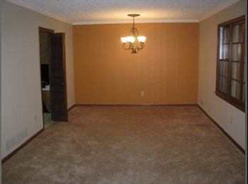 Large Room Quiet Neighborhood can be Furnished