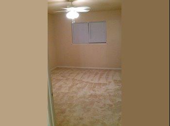 EasyRoommate US - room w/private bathroom - Memorial, Houston - $650