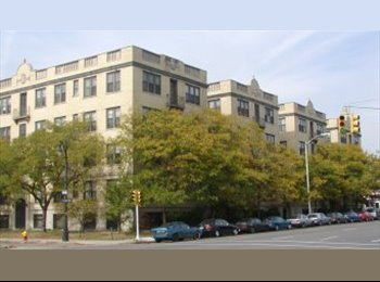 Room availableRent is 310 CLOSE TO WAYNE STATE UNI