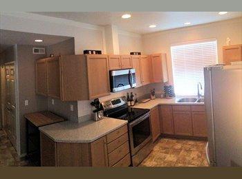 EasyRoommate US - Quiet room in North Lynnwood - Everett, Everett - $500