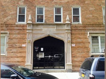 EasyRoommate US - room 4 rent - Baychester/Parkchester, New York City - $700