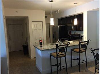 EasyRoommate US - Room for rent ( prefer a girl) - Davie, Ft Lauderdale Area - $1000