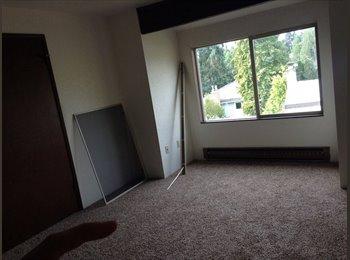 Room in Edmonds townhouse