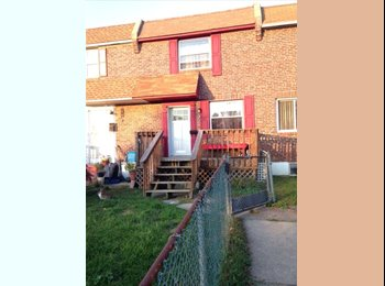 EasyRoommate US - Two rooms available in cute, quiet Madison townhou - Newark, Newark - $360