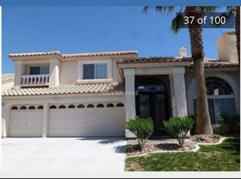 EasyRoommate US - Gorgeous 5/3/3 pool home! Fireplaces! Gourmet kitchen! Living ROOMS (yes plural) - Summerlin, Las Vegas - $685