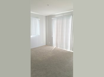 EasyRoommate US - Nice private room with bath balcony and walk in cl - Beverly Hills, Los Angeles - $1050