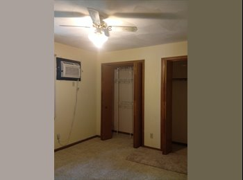 EasyRoommate US - Room2shareincondo - Madison, Madison - $575