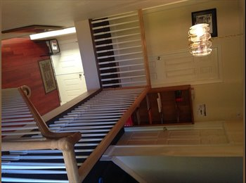 ROOM SHARE FOR RENT IN LARGE HOUSE OLD WESTBURY