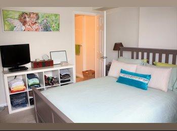 Santa Monica Beach Room in 3BR Modern Apartment