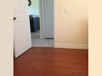 Looking for a Roommate - Long/Short Term