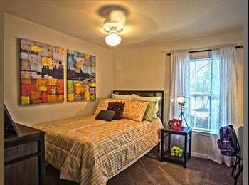 EasyRoommate US - University Manor Sublease $364 - Greenville, Other-North Carolina - $364