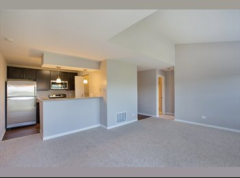 EasyRoommate US - $700 /Sublet 2BR/2Bath Lake Bluff $700 per room - Waukegan, Other-Illinois - $700