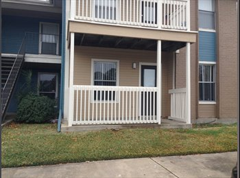 EasyRoommate US - Laurel Ridge Apartments 2015 Room! - Bryan, Bryan - $470