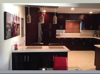 EasyRoommate US -  Bedroom available in a beautiful modern house - Tarzana, Los Angeles - $800