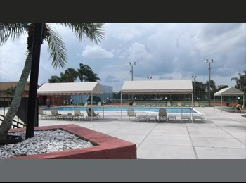 EasyRoommate US - Room to rent in a clean and quiet home-WOMEN ONLY - West Palm Beach, Ft Lauderdale Area - $700