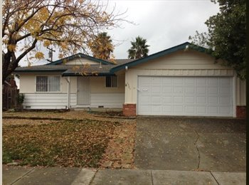 EasyRoommate US - 1325 Canterbury Dr, Fairfield, CA 94533 - Pinedale, Fresno - $900