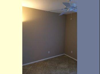 EasyRoommate US - Clean room for rent in nice neighborhood - Goodyear, Phoenix - $400