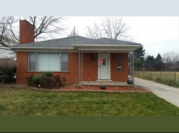Room for rent in North Dearborn Heights