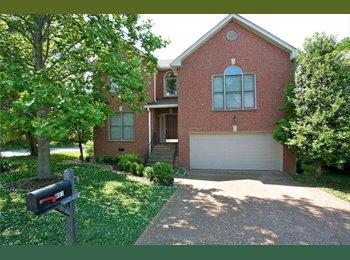 EasyRoommate US - BEAUTIFUL HOUSE IN WONDERFUL COMMUNITY - Central Nashville-Davidson Co., Nashville Area - $1950