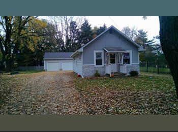 EasyRoommate US - Private Room for Rent with Garage space and opener - Lansing, Lansing - $400