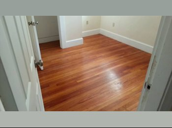 EasyRoommate US - Room in an Awesome Apt. - Fenway-Kenmore, Boston - $890