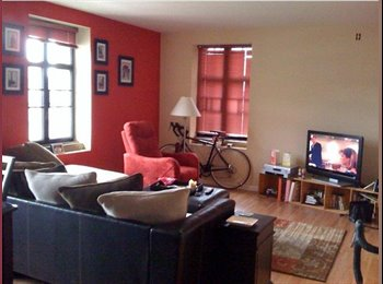 EasyRoommate US - Huge one-Bedroom - Art Musuem Area, Philadelphia - $1475