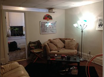 EasyRoommate US - 1 bedroom in a 2 bedroom available Jan 1st Girl needed - East Allegheny, Pittsburgh - $550