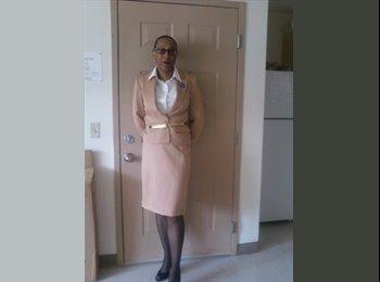 Diana - 35 - Student