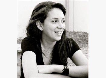 Ana Cecilia - 28 - Professional