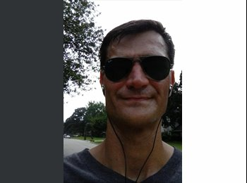 EasyRoommate US - Brian  - 40 - Fort Smith