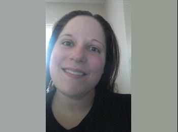EasyRoommate US - Melissa Patchell - 37 - Charlotte Area