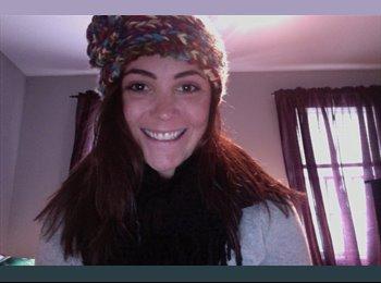 EasyRoommate US - Megan - 20 - Seattle