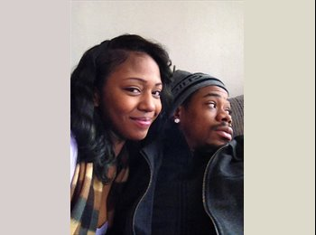 EasyRoommate US - Crystal and Lawrence - 23 - Chicago