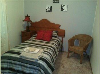 EasyRoommate AU - Single room for rent - Launceston, Launceston - $92